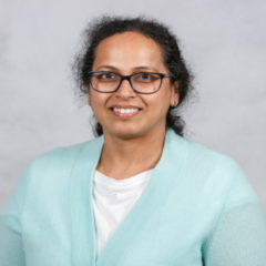 Sumithra Murthy Headshot
