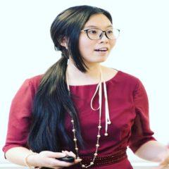 photo of Yu Xue speaking